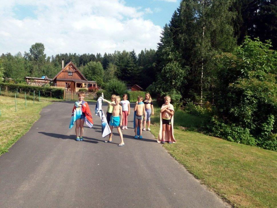 letní dětský tábor 2020 koupání