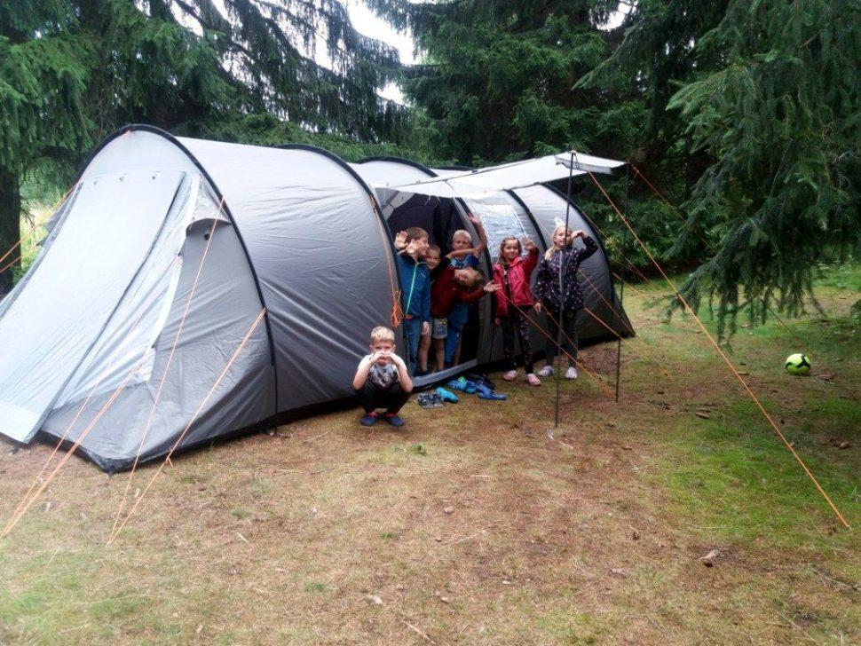 letní dětský tábor 2020 velký stan