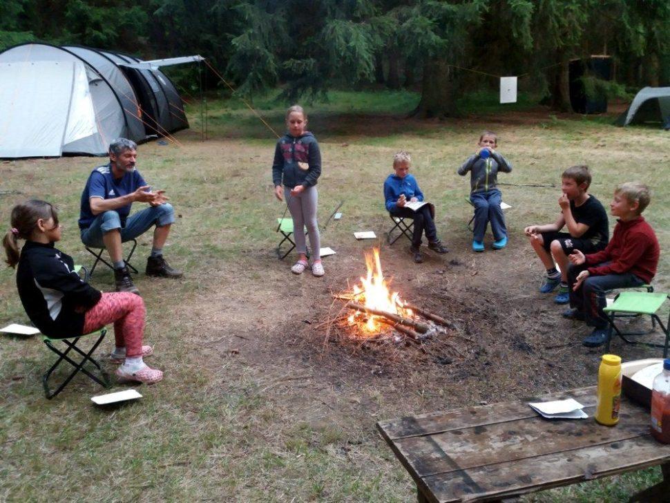 letní dětský tábor 2020 pohoda uohýnku